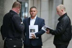 With John Alford outside the Old Bailey Waiting for Mazher Mahmood to Arrive to discover his Fate!