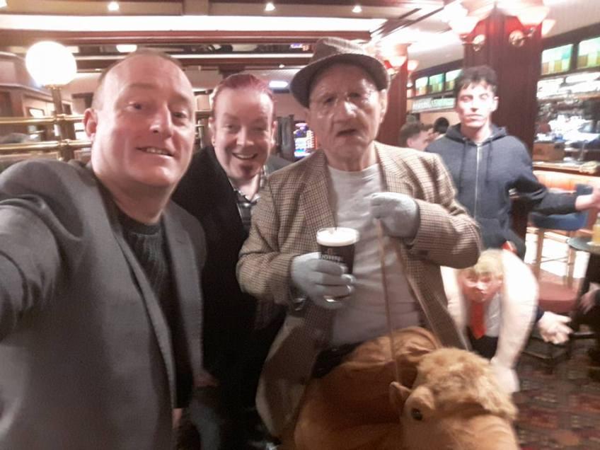 Hypnotist Jonathan Royle meets Old Raab in the Ruskin at Blackpool Magic Convention