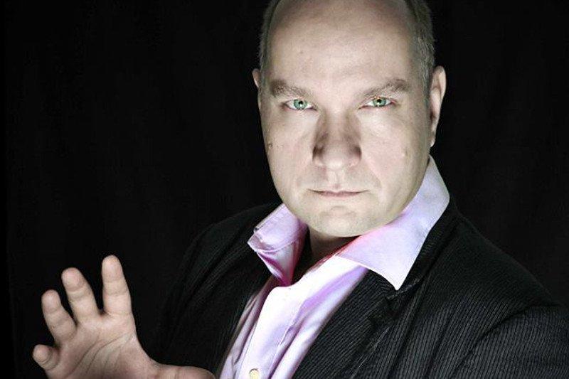Polish Hypnotist Wojciech Glancj aka Ian Collins taught Stage Hypnosis by Jonathan Royle